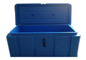 Refrigerated and insulated box